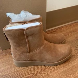 UGG BOOTS SIZE 12